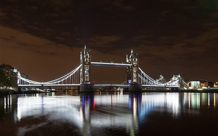 adorable-night-picture-of-tower-bridge